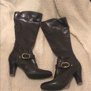 Bass Boots with Heel